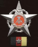 B.0011d Stern der Völkerfreundschaft Silber