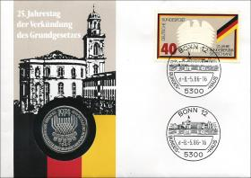 B-0089 • 25 Jahre Grundgesetz