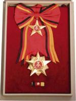 B.0009c Großer Stern der Völkerfreundschaft (Lederkassette)