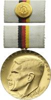 B.0176d Dr.Theodor Neubauer Medaille Gold