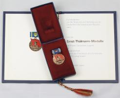 B.2355U Ernst-Thälmann-Medaille mit Blanko-Urkunde