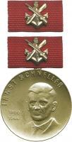 B.3003g Ernst-Schneller-Medaille Gold