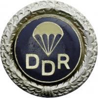 B.3113f GST Fallschirmsprungabzeichen Silber