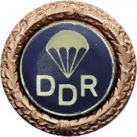 B.3114f GST Fallschirmsprungabzeichen Bronze
