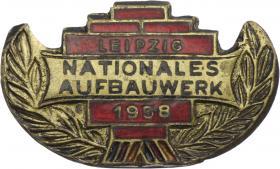 B.3951 Aufbaunadel Leipzig 1958 Gold