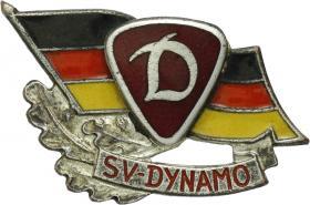 B.4518a Ehrennadel Dynamo Silber