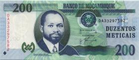 Mozambique P.152a 200 Meticais 2011 (1)