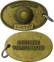 DDR Original Dienstmarke der Kriminalpolizei Nr. 9 (Berlin) Staatssicherheit