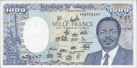 Kamerun / Cameroun P.26b 1000 Francs 1990 (1)