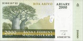 Madagaskar P.96 2000 Ariary (2014) (1)