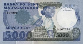 Madagaskar P.69a 5000 Francs = 1000 Ariary (1983-87) (1)