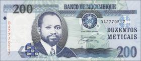 Mozambique P.146 200 Meticais 2006 (1)