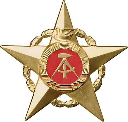 B.0010b Stern der Völkerfreundschaft Gold