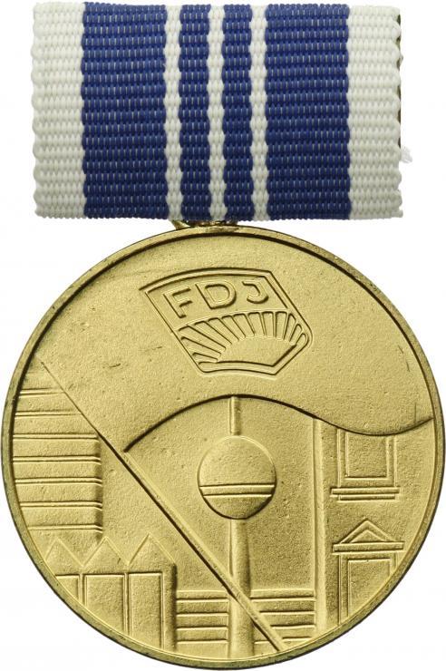 B.0300a FDJ - Zentrales Jugendobjekt Stufe Gold
