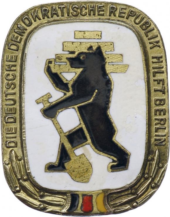 B.3739 Die DDR hilft Berlin
