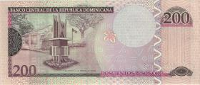 Dom. Republik/Dominican Republic P.178a 200 Pesos Oro 2007 (1)