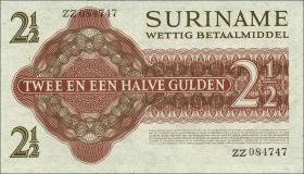 Surinam / Suriname P.117a 2 1/2 Gulden 1961 (1)
