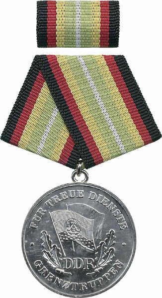 DDR B.0285 Treue Dienste Grenztruppen Silber